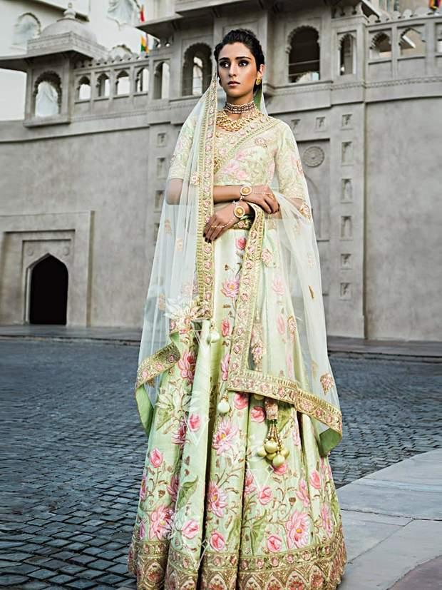 light green lehenga for bride by vasansi jaipur