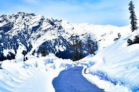 Rohtang pass or Solang Valley -Roaming routes