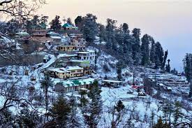 perfect spot for you to capture your special moments-Kufri in Shimla Manali package tour by roaming routes