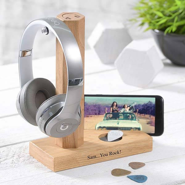 Ear Bluetooth Headphones with Personalized Stand
