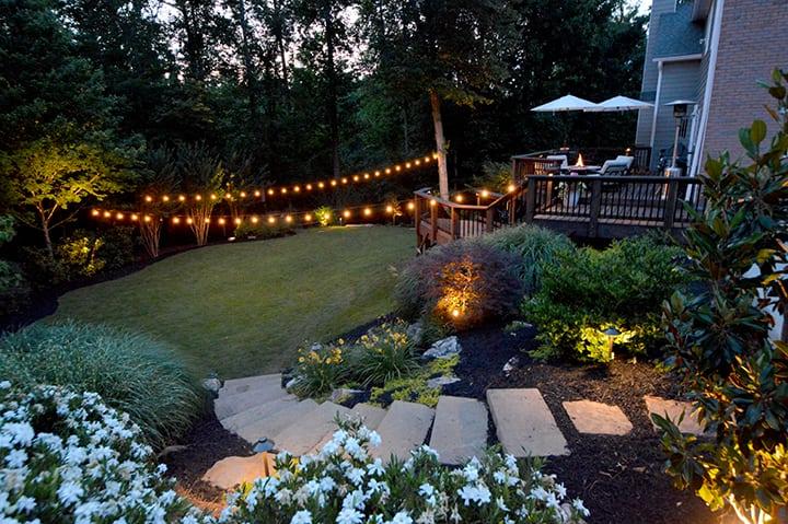 Adorn garden stairs for garden decoration ideas