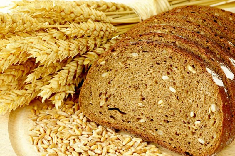 Sprouted grain bread that filled with nutrients to lose weight and keep healthy