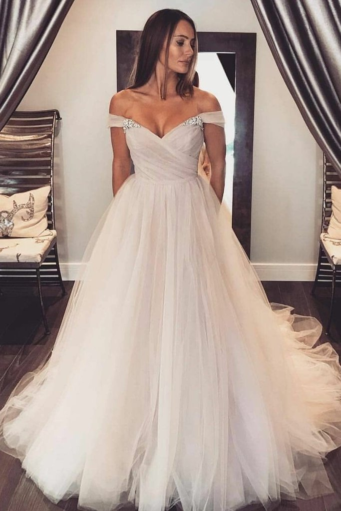 sexy wedding dress with tulle skirt